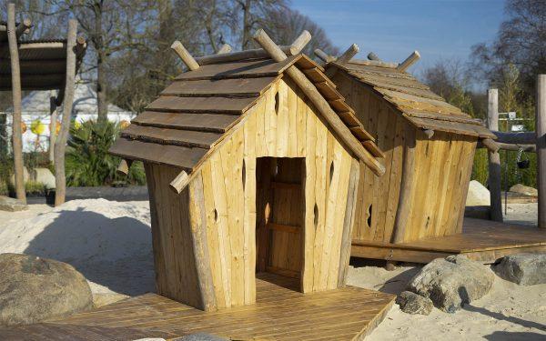 play hut playground equipment