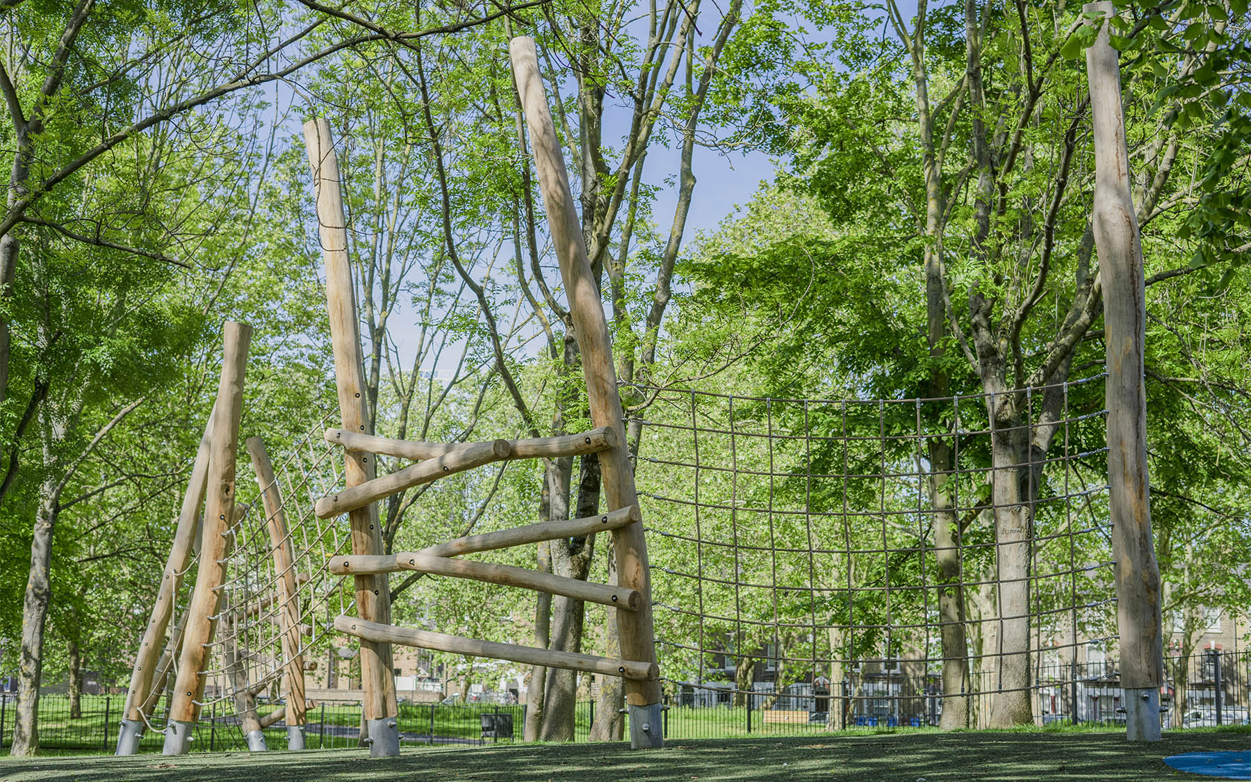 natuoral playground equipment robinia climbing nets