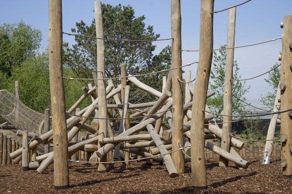 natural playground equipment robinia poles