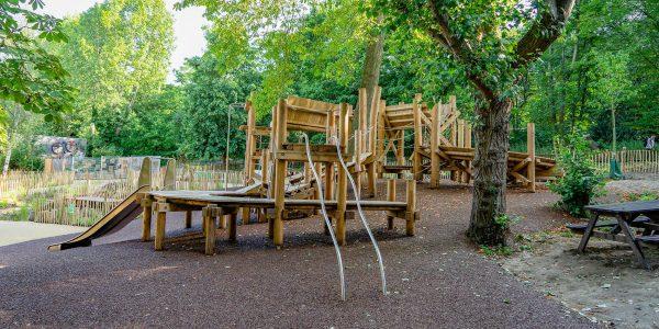 bespoke playground equipment holland park