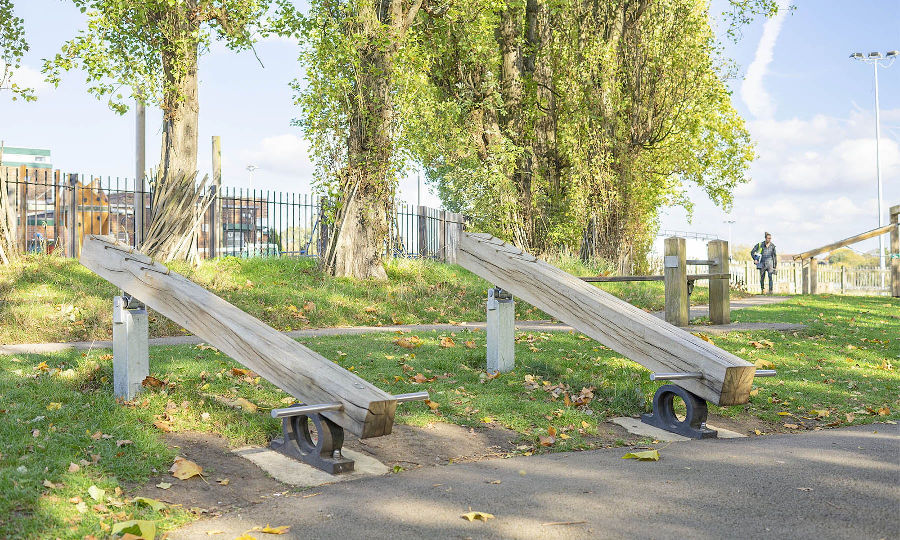 outdoor fitness equipment lifting beam