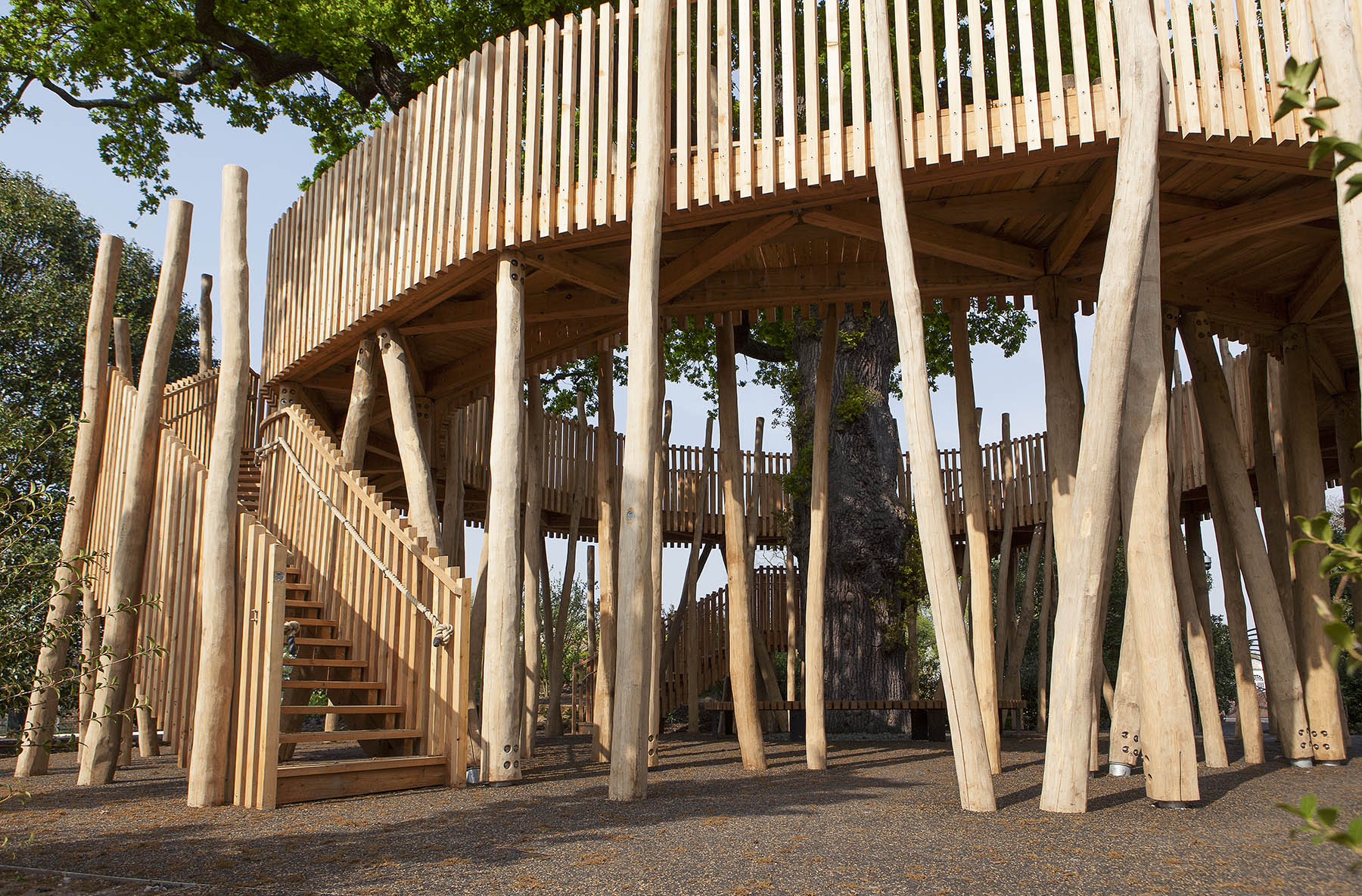 bespoke playgrounds oak tree circle