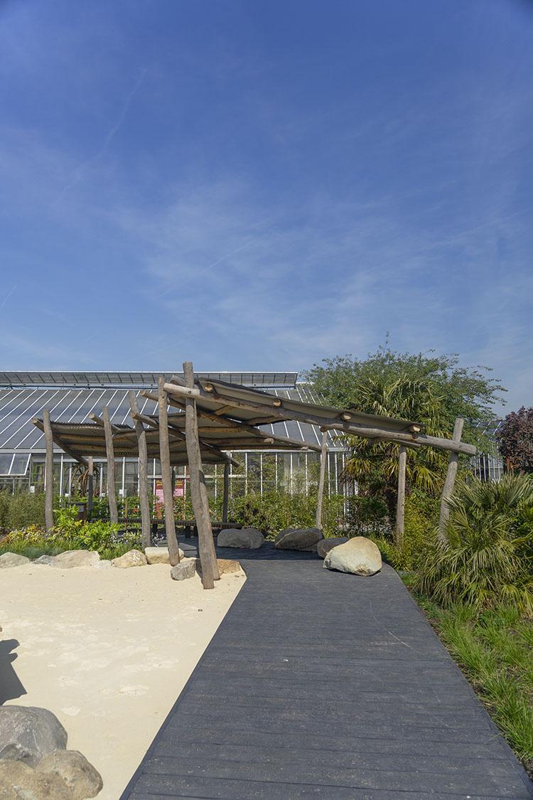 natural playground equipment timber shelter