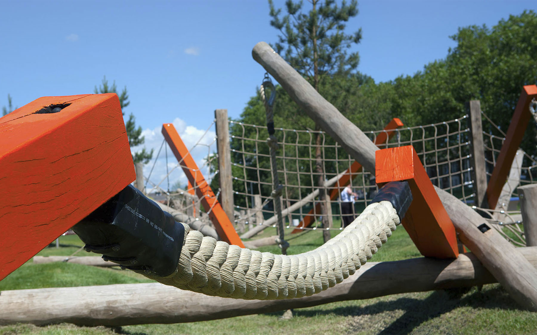 bespoke playground equipment drapers field playground